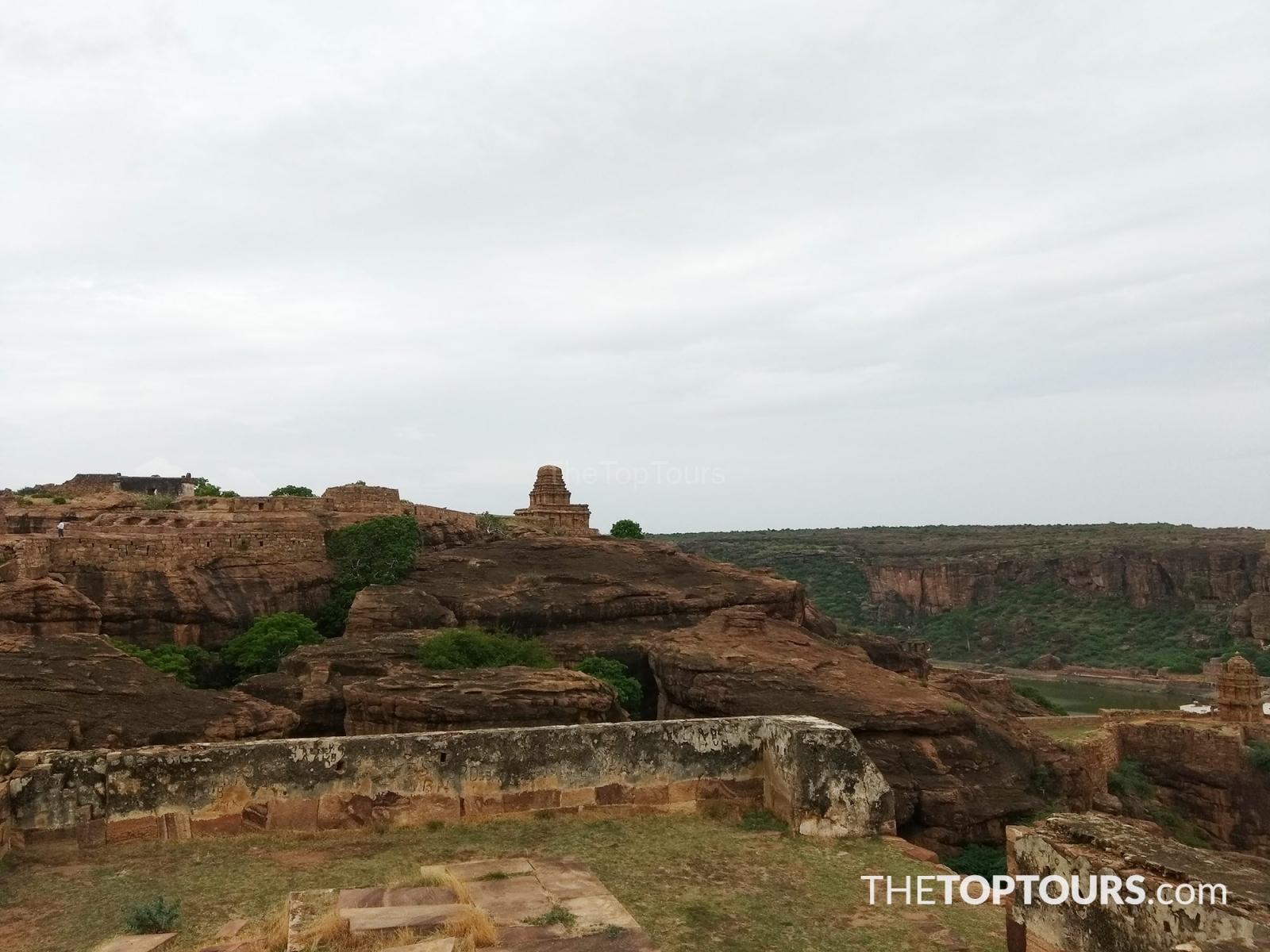 Visit to Badami Cave Temples, Karnataka, India