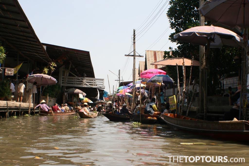 Bangkok Damnoen Saduak Floating Market Bangkok, Thailand