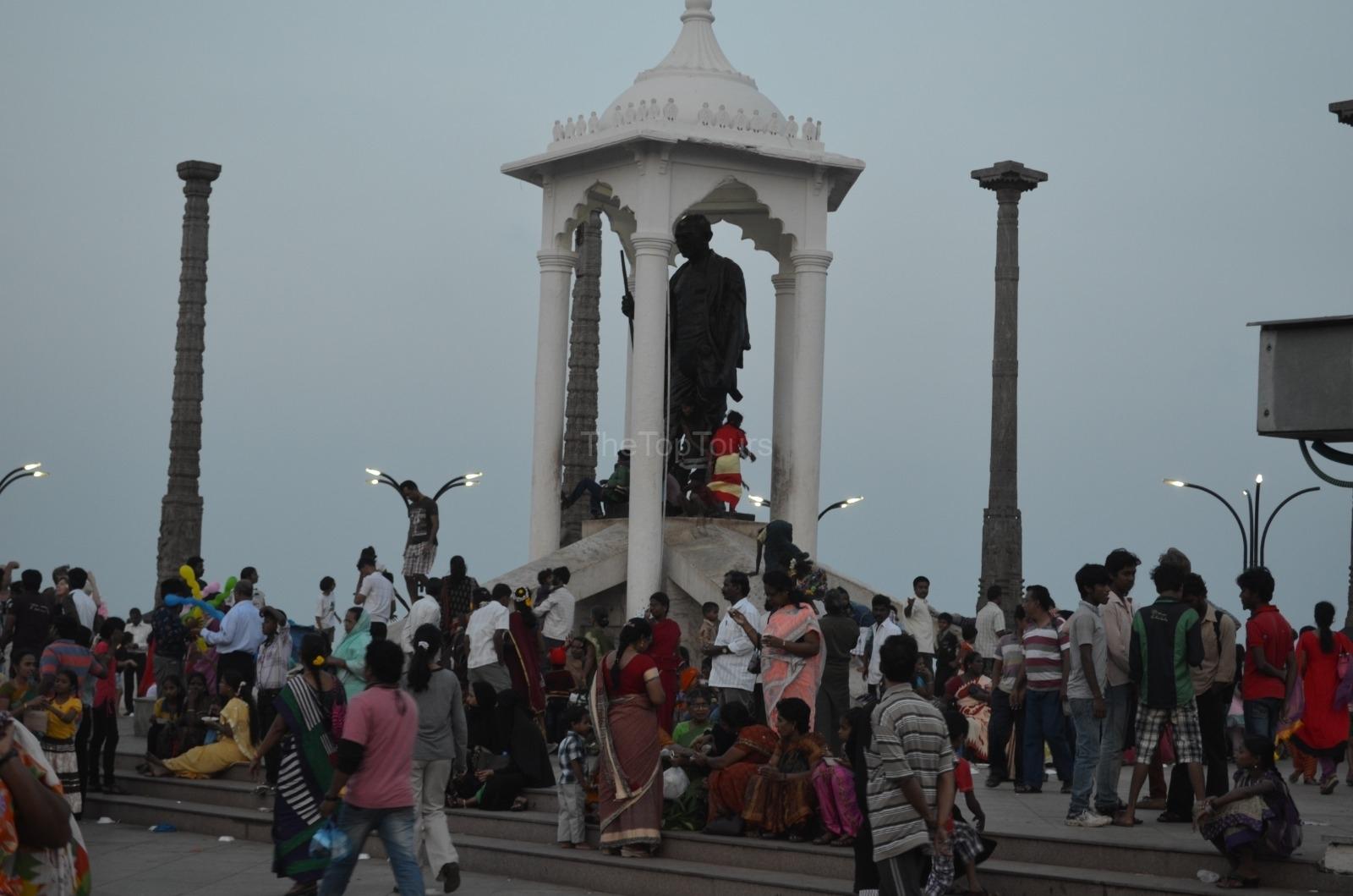 Pondicherry Mahatma Gandhi Statue, Tamil Nadu