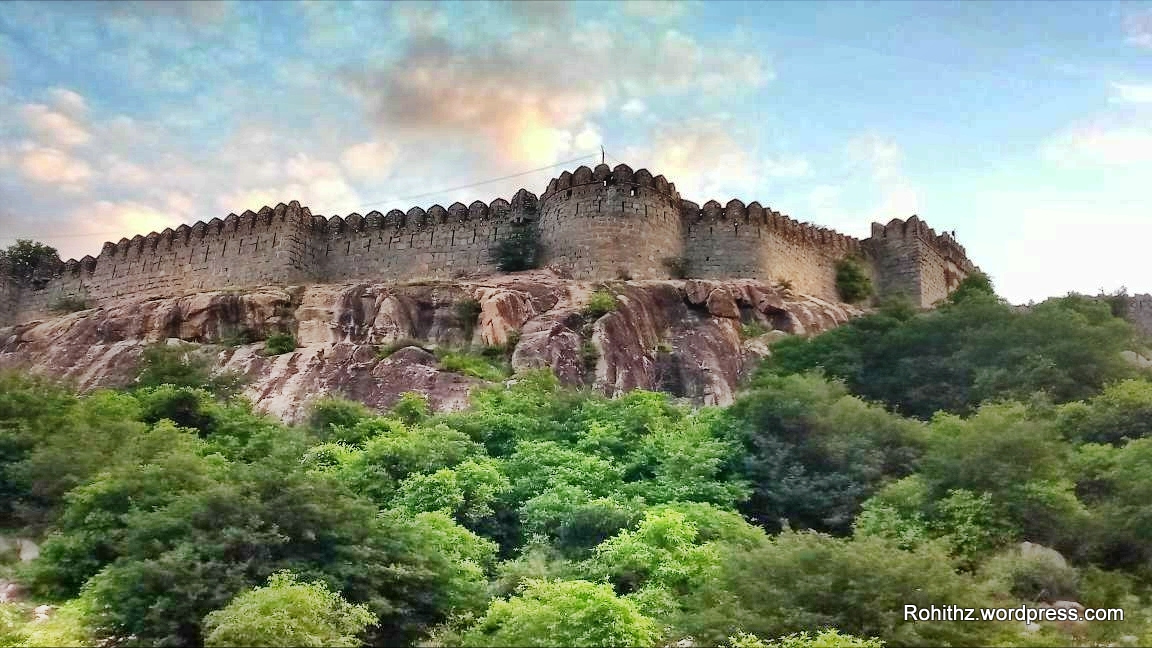 Best Place To Visit Near The Jurala Dam - Chandraghad Fort