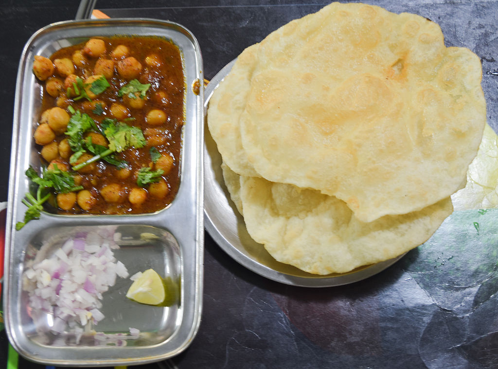 Channa Bhature At The Famous Jaggi Sweets - Patiala
