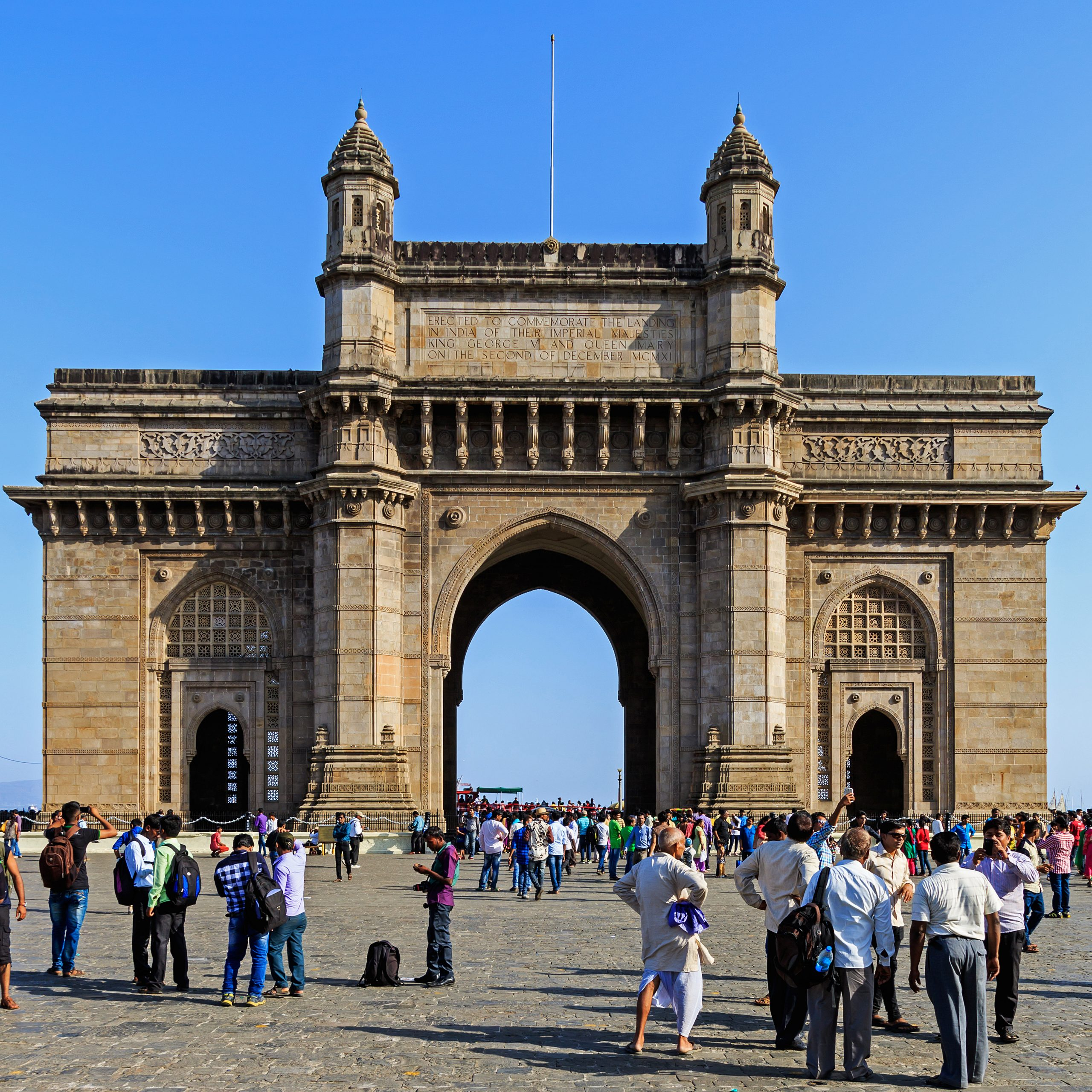 Gateway of India - Famous Place To Visit Near Babu Amichand Panalal Adishwarji Temple