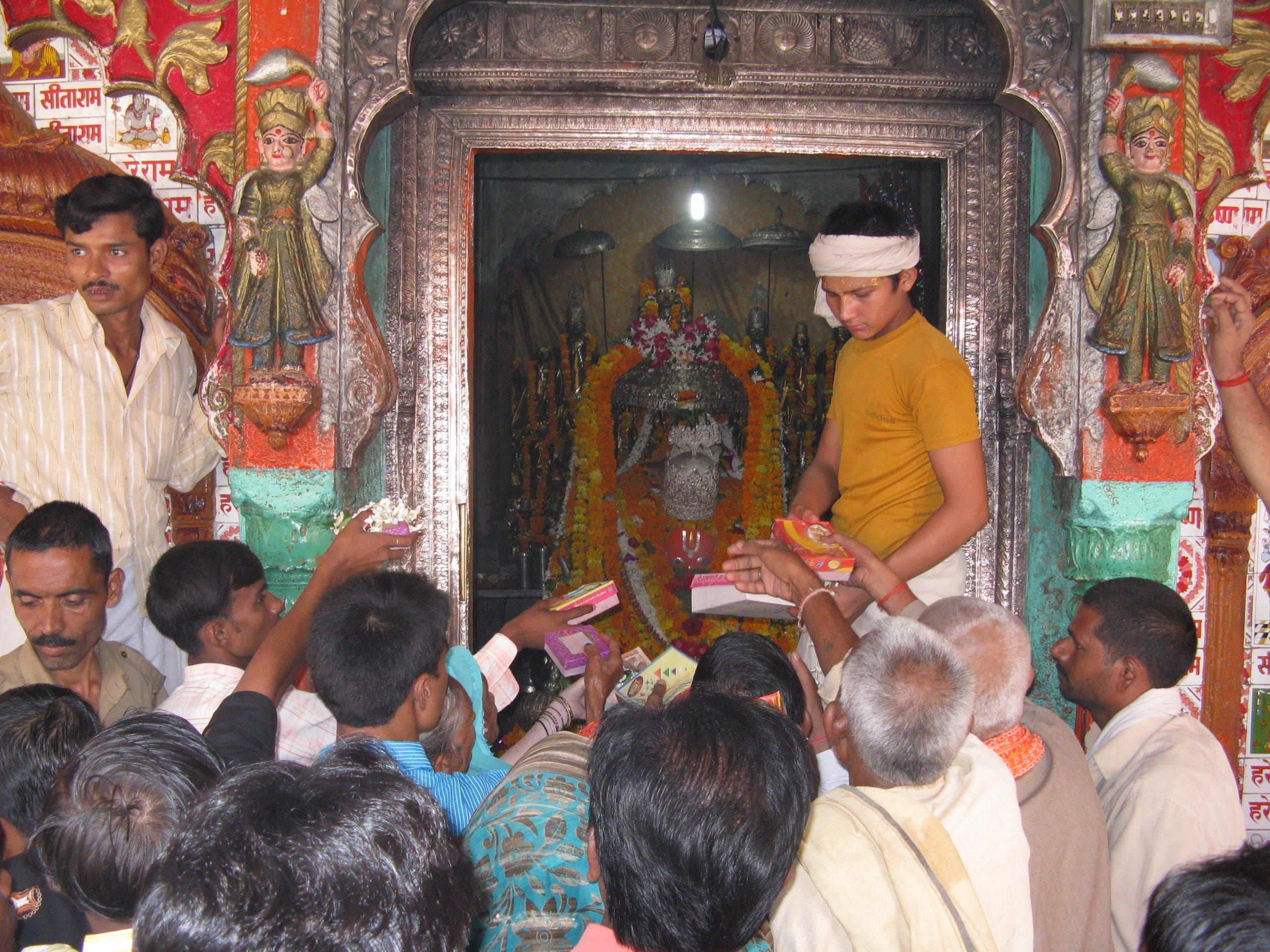 History of Hanuman Garhi