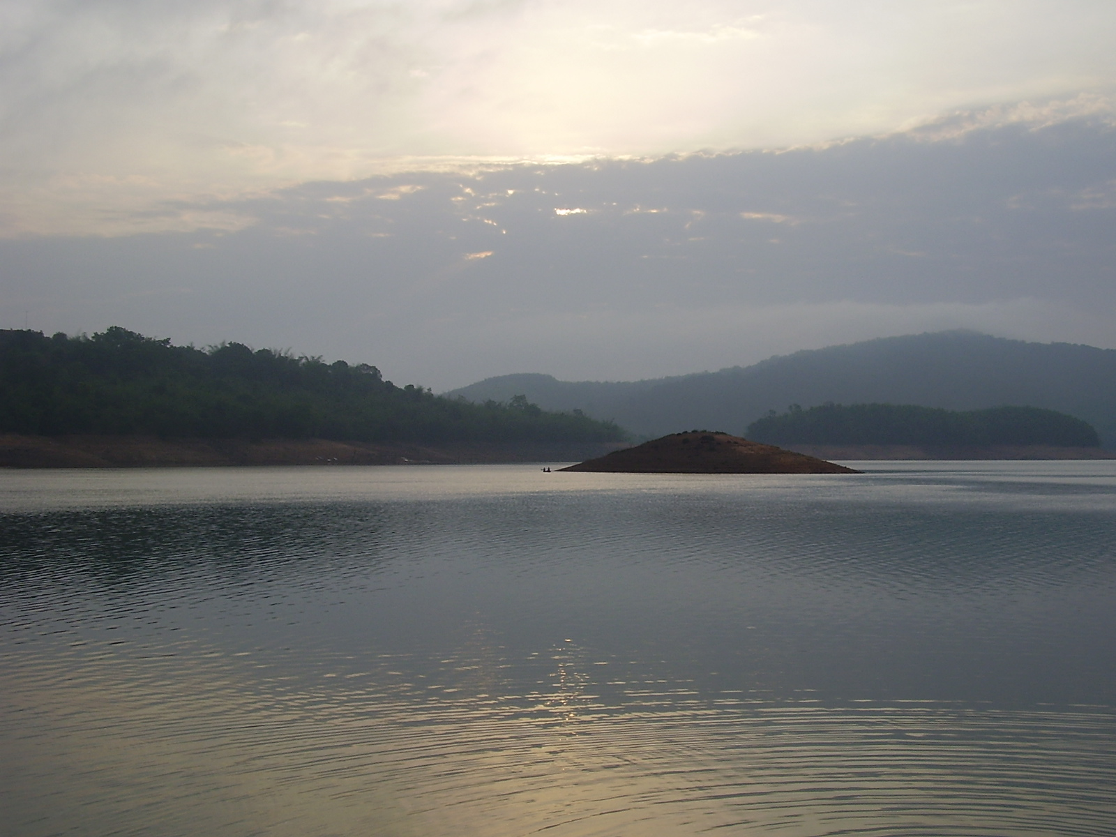 Perfect Place To Visit Near Jog Falls - Honnemaradu