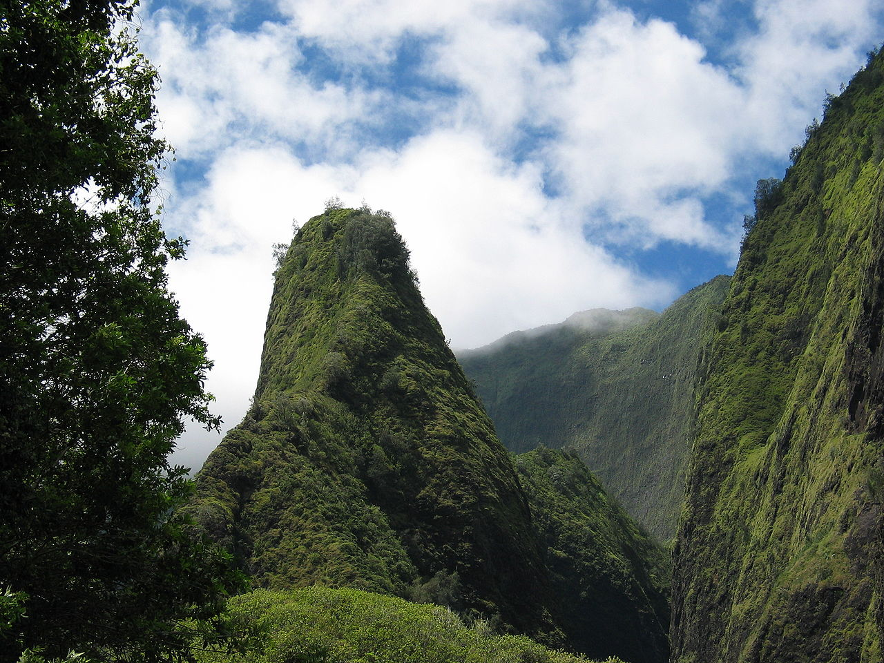 Iao Valley State Park - Hawaii's Best State Park