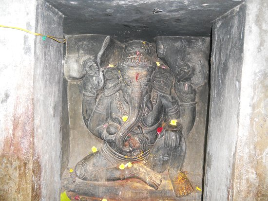 The Idol Of Lord Vinayaka Inside The Mogalarajapuram Caves