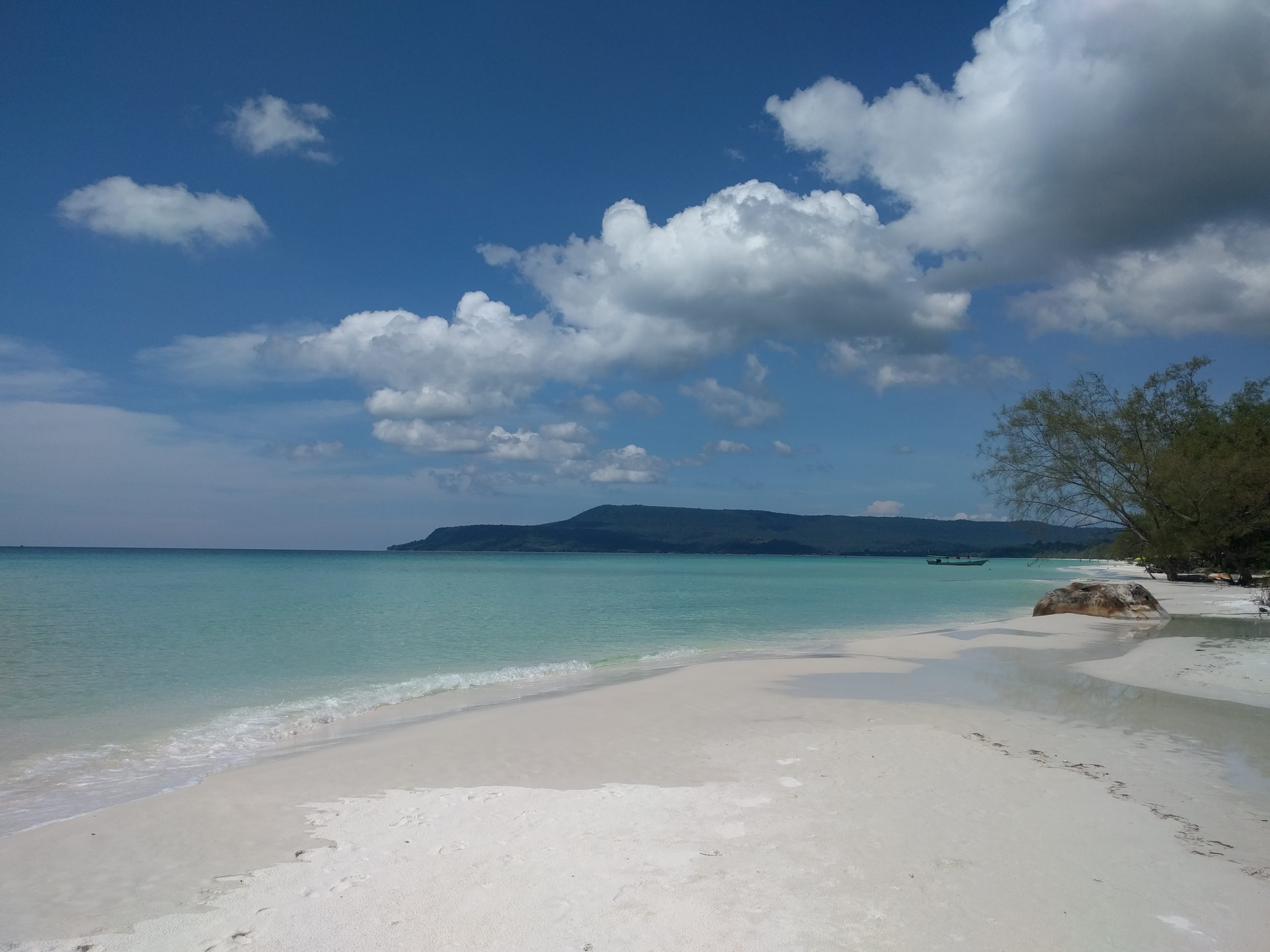 Long Beach, Koh Rong - Top Beache in Cambodia to Enjoy The Turquoise Ocean