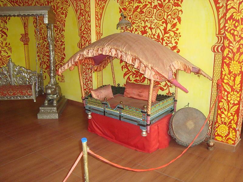 Famous Place To Visit Near Kangra Fort - Maharaja Sansar Chand Katoch Museum