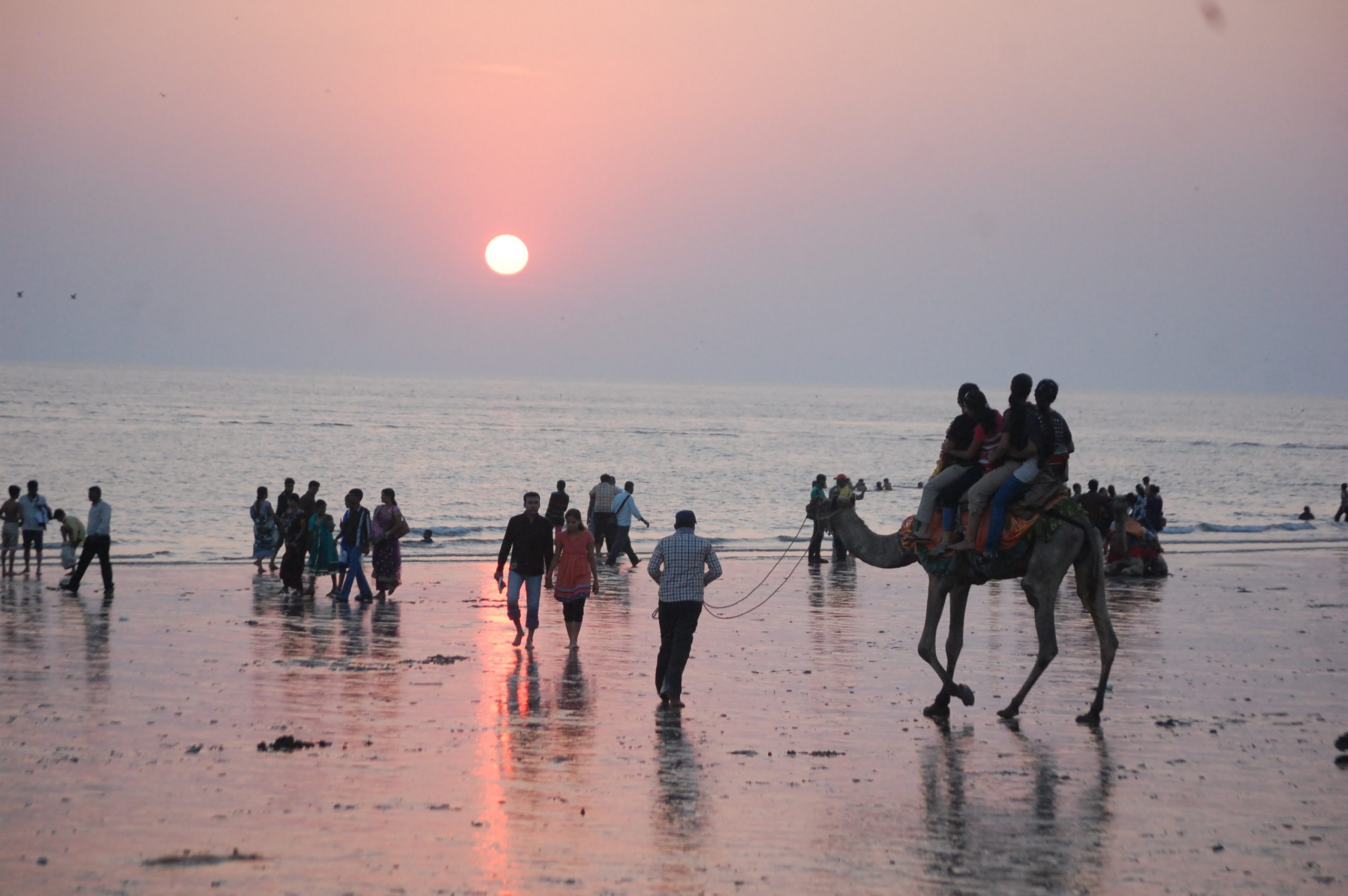 Visit Ahmedpur-Mandvi Beach Near Diu: The Goa Experience in Gujarat