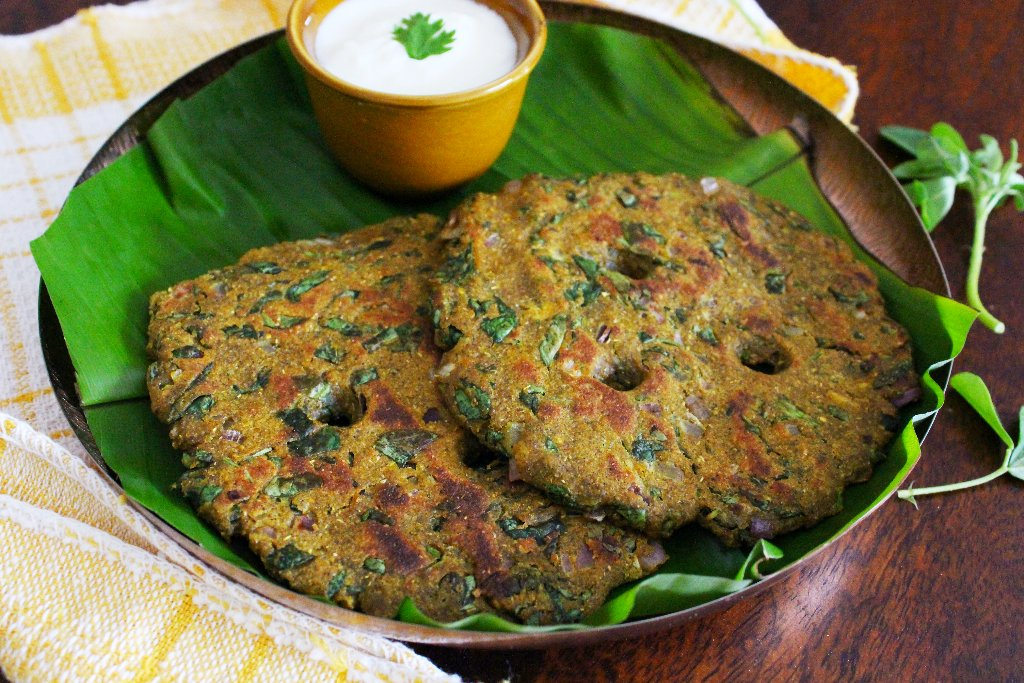 Thali Peeth - Famous Dish In Pune That You Must Taste