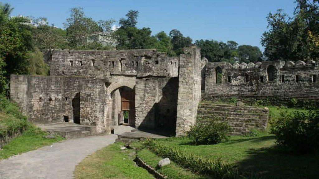 Best Place to Visit Near Shahpurkandi Fort in Pathankot - Nurpur Fort