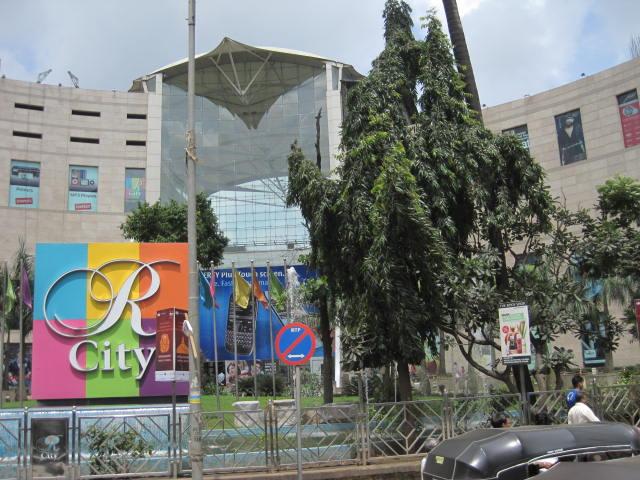 R City Mall - Best Place Near Belapur