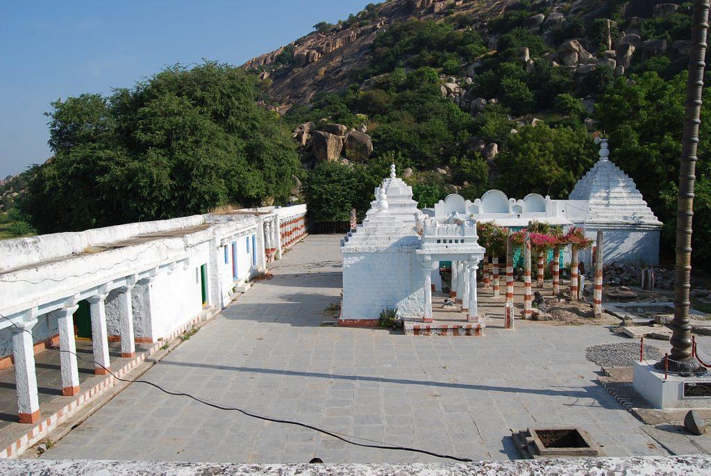 Great Place To Visit Near The Jurala Dam - Sri Ramalingeshwara Temple