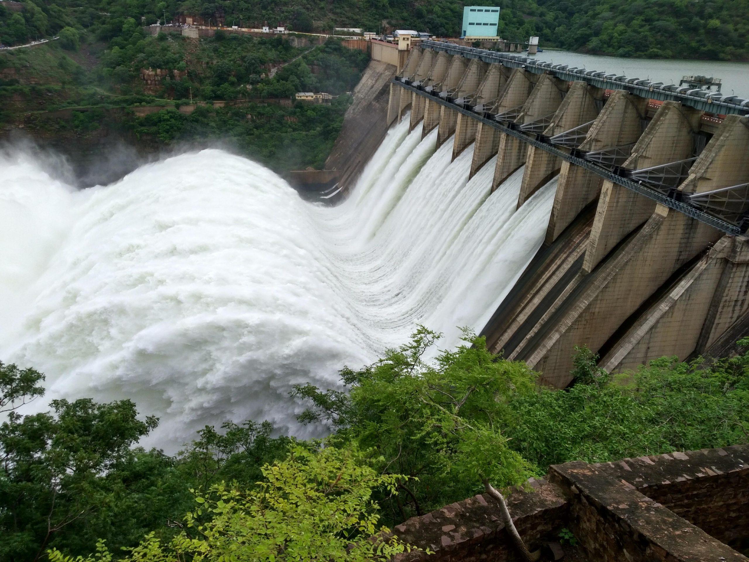 Srisailam Reservoir(Dam) Pictures