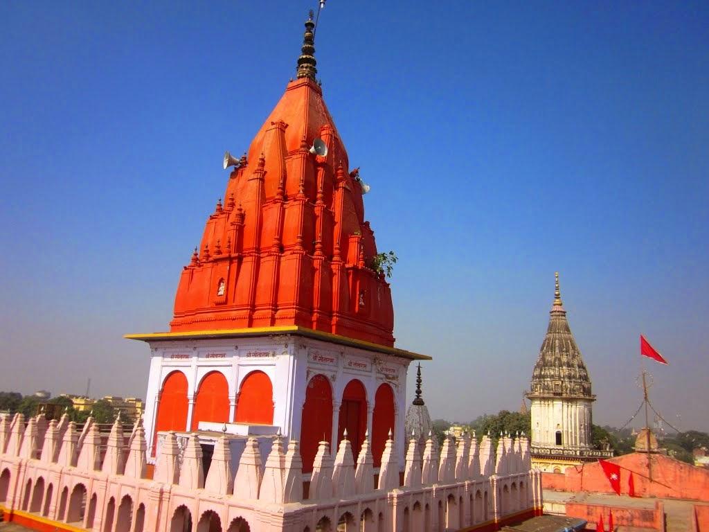 The Shrine of Lord Hanuman in Hanuman Garhi Mandir