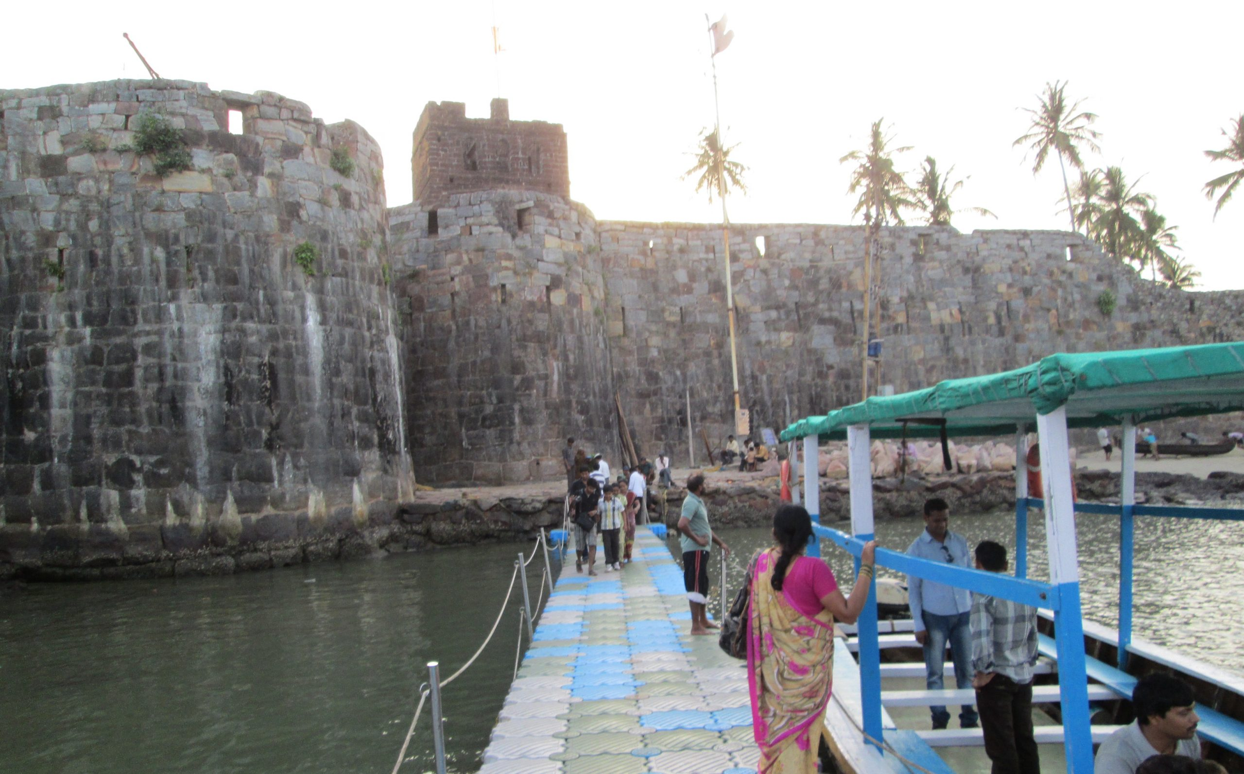 Tourist Experience at Sindhudurg Fort