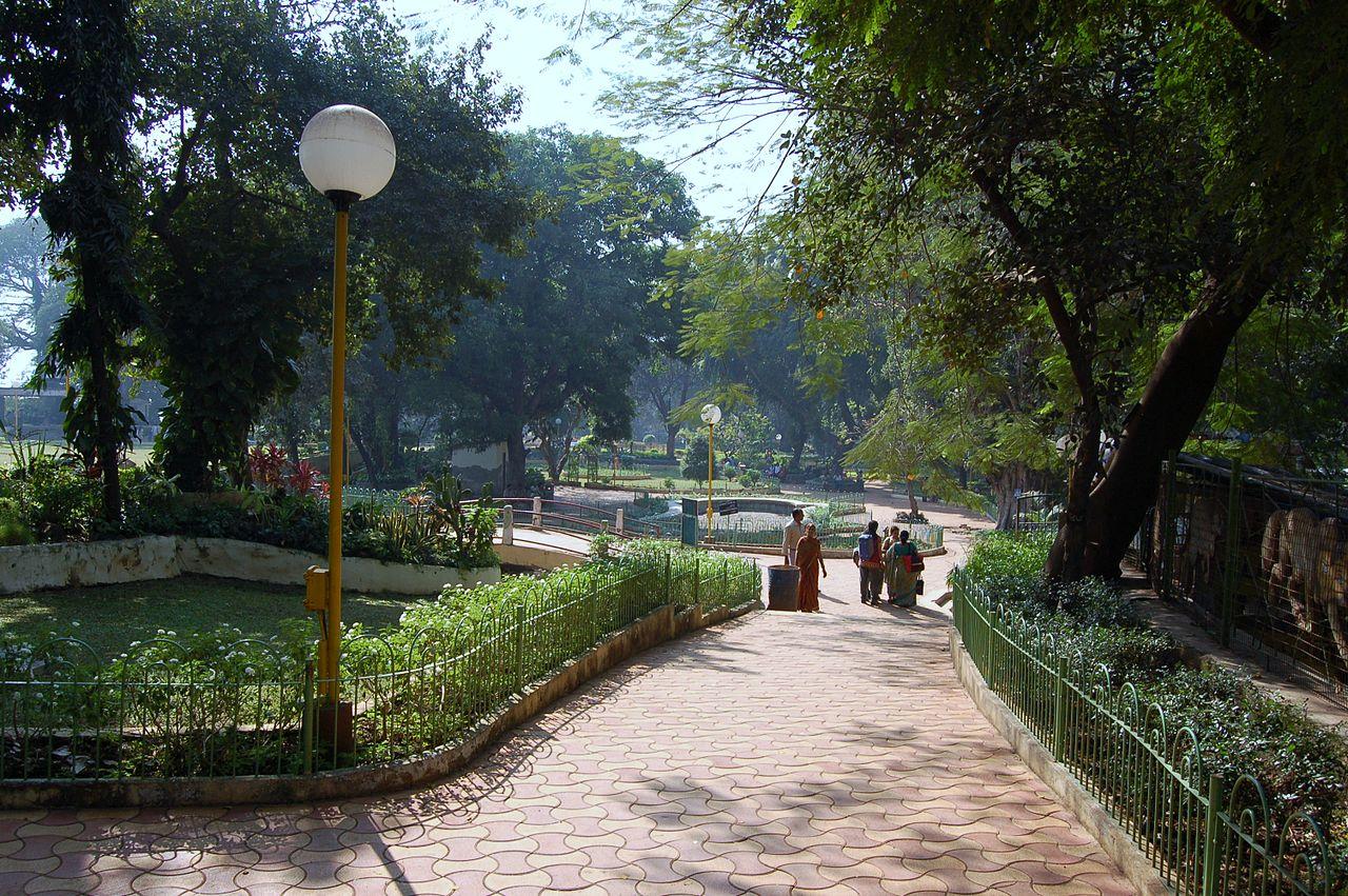 About Hanging Gardens or Phirozshah Mehta Garden, Mumbai
