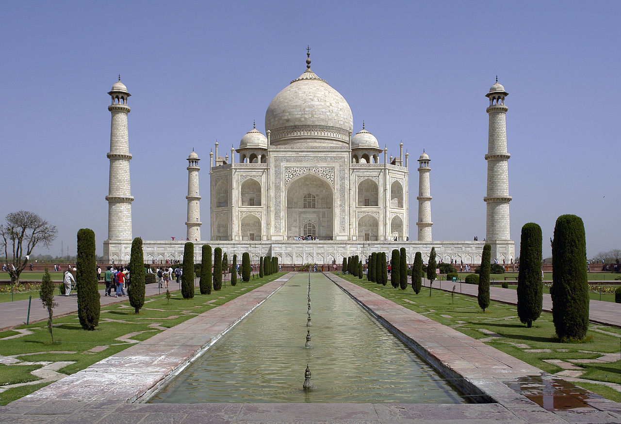 Popular Places For A Two Day Trips From Delhi-Agra, Taj Mahal