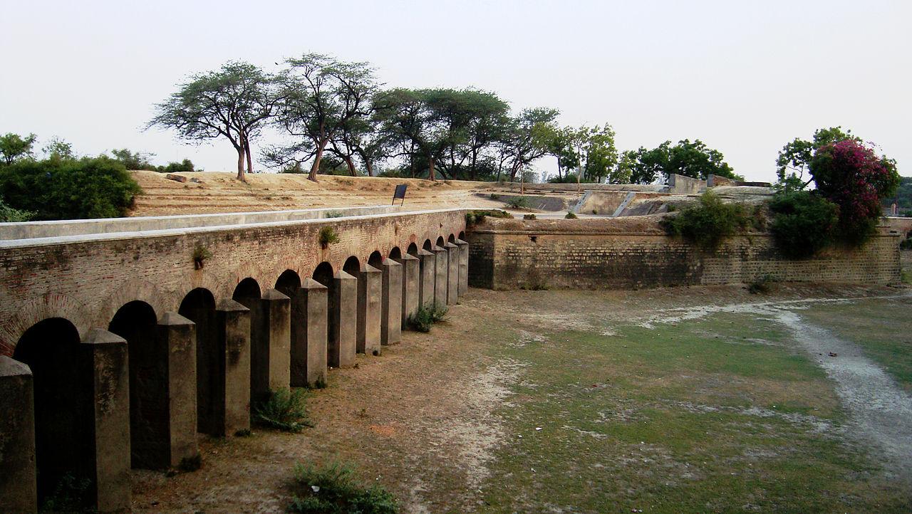 Aligarh Fort - Amazing Sightseeing Destination in Aligarh