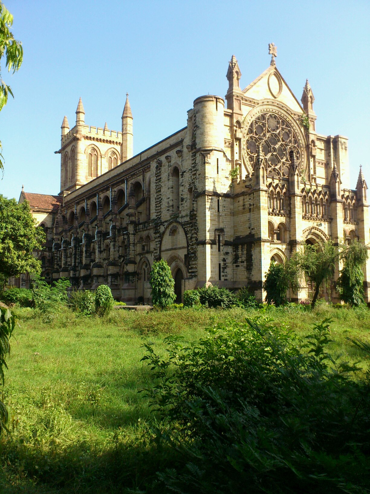 Top Sightseeing Place in Prayagraj-All Saints Cathedral