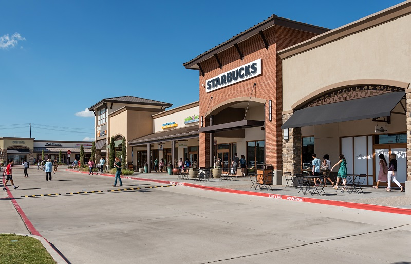 Allen Premium Outlets Shopping in Dallas