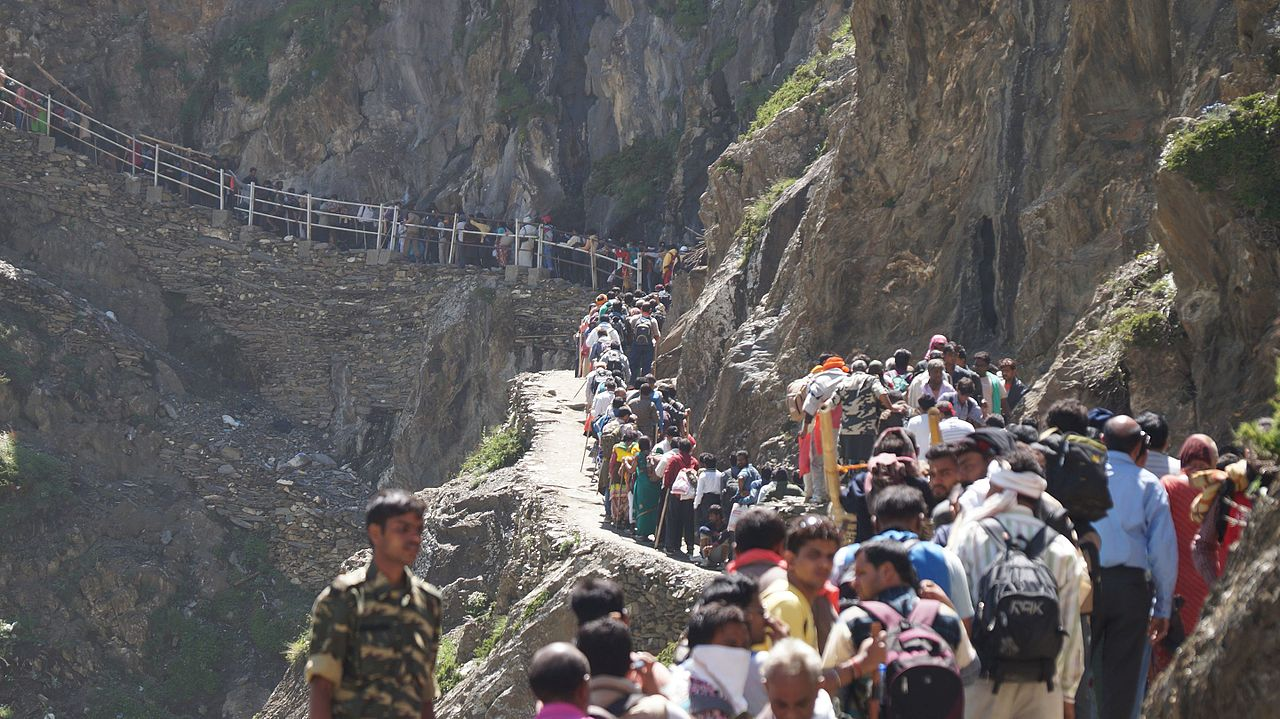 Popular Place to See in Dras-Amarnath Yatra