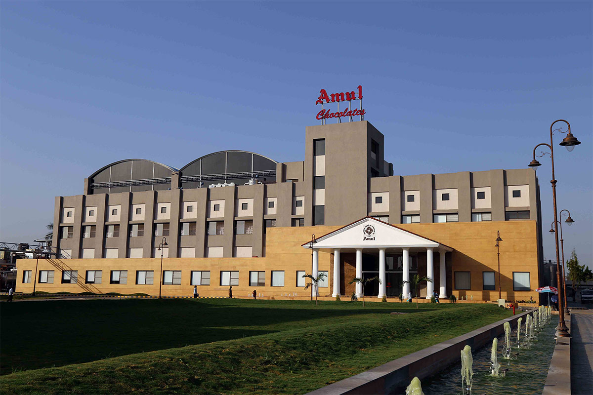Sight-Seeing Destination in Anand, Gujarat-Amul Chocolate Factory