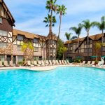 Best Romantic Hotels in Anaheim