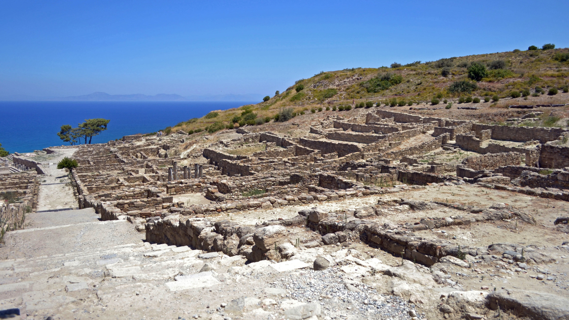 Visit Ancient Kamiros Monuments in Rhodes Island: The Doric City
