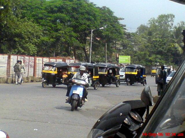 Mumbai, Andheri Link Road Area