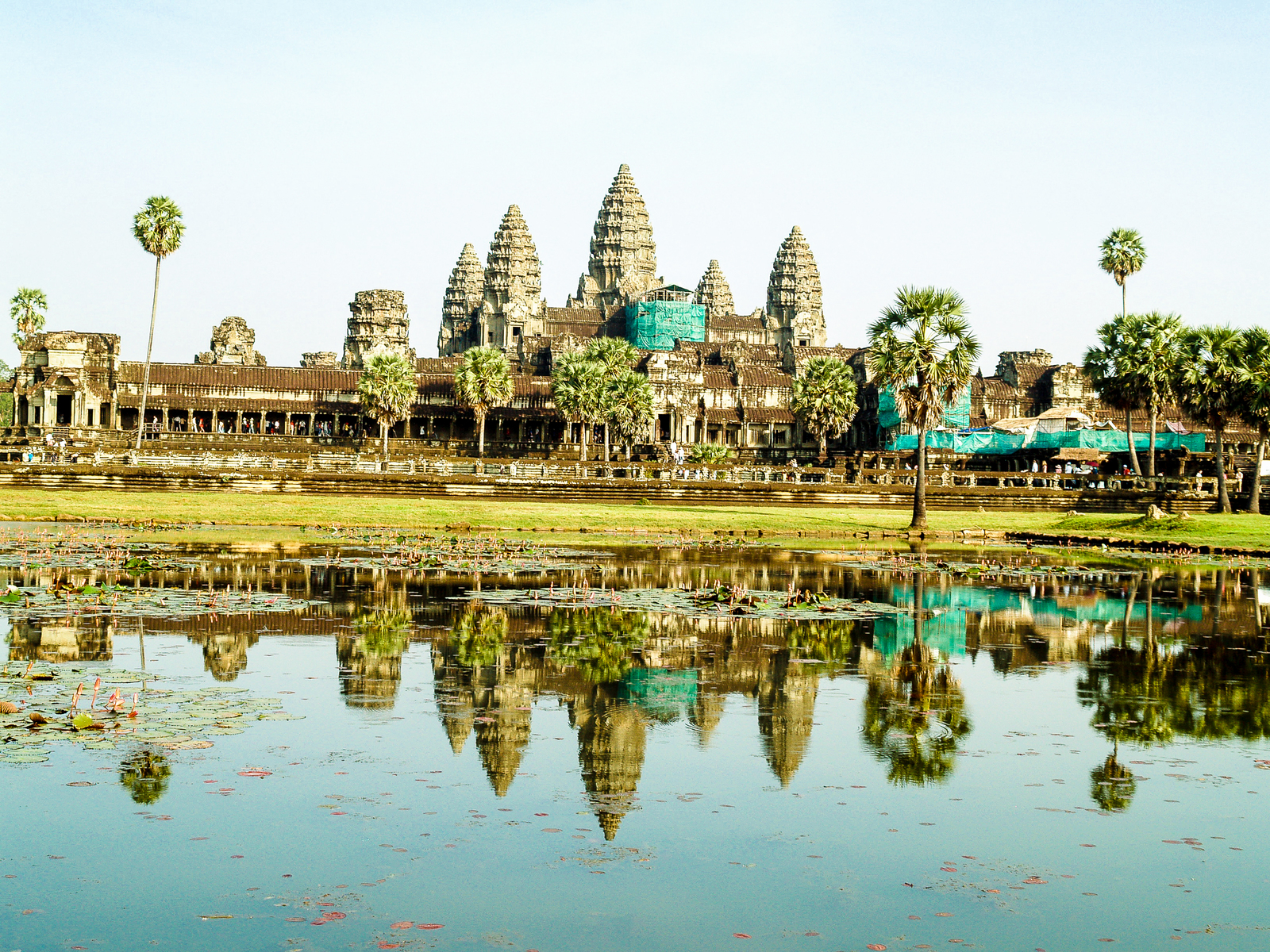 Angkor Archaeological Park Is The Best Place That You Must Visit in Cambodia