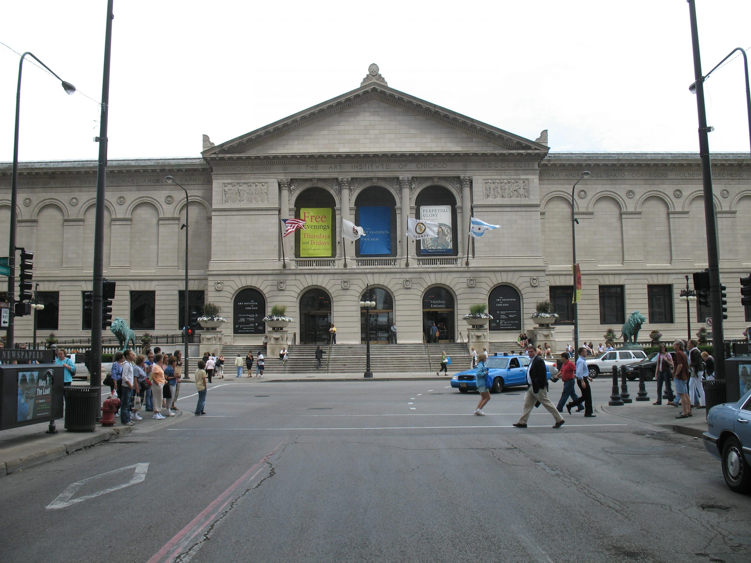 Must-See Place in Chicago-Art Institute of Chicago