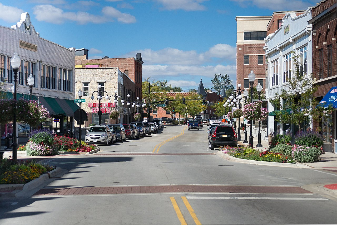 Aurora - Popular Tourism City In Illinois That One Must Not Miss