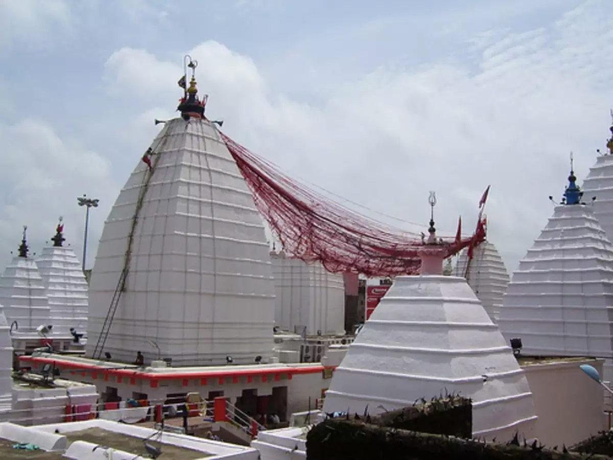 Baba Baidyanath temple or Vaidyanatha Jyotirlinga temple in Deoghar