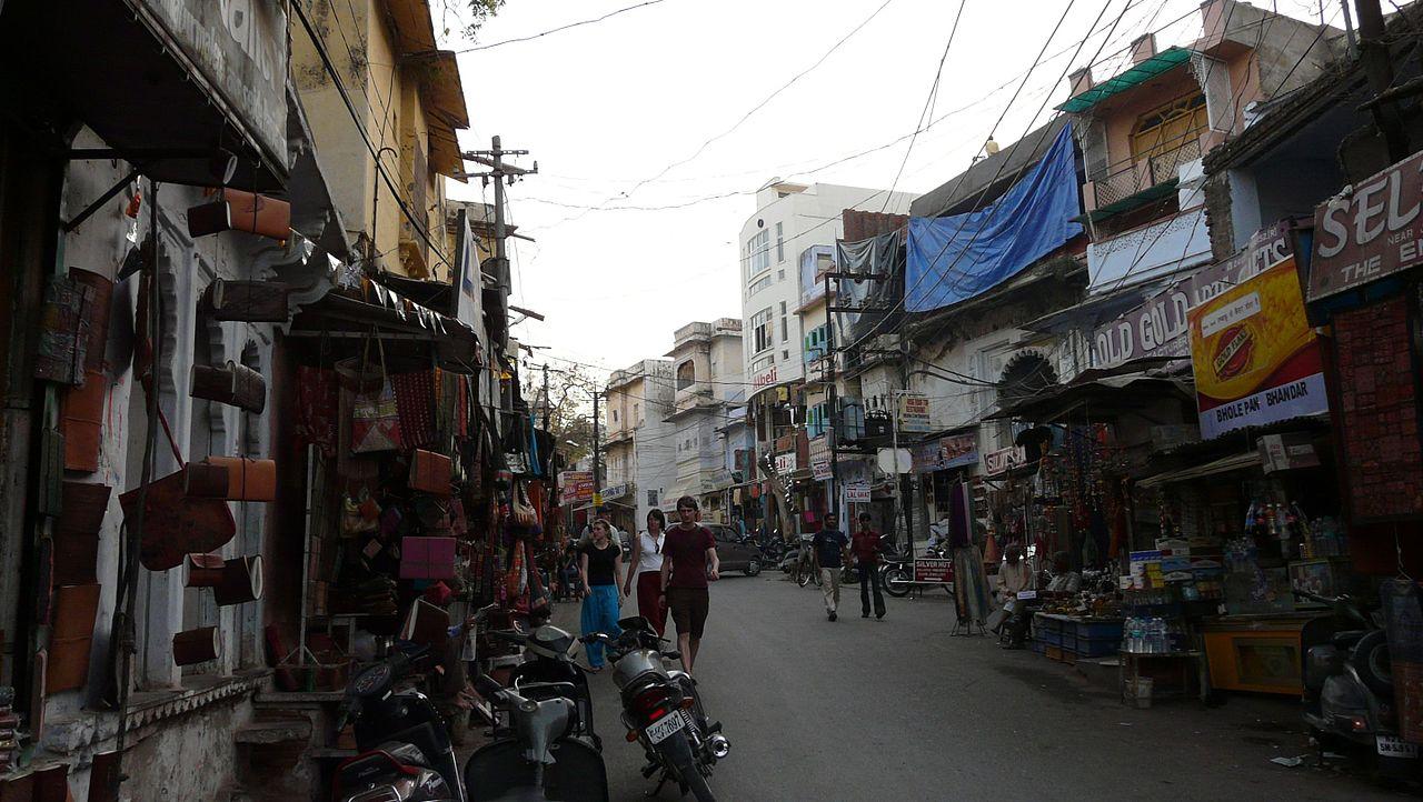 Shopping in Udaipur, Rajasthan-Bada Bazaar
