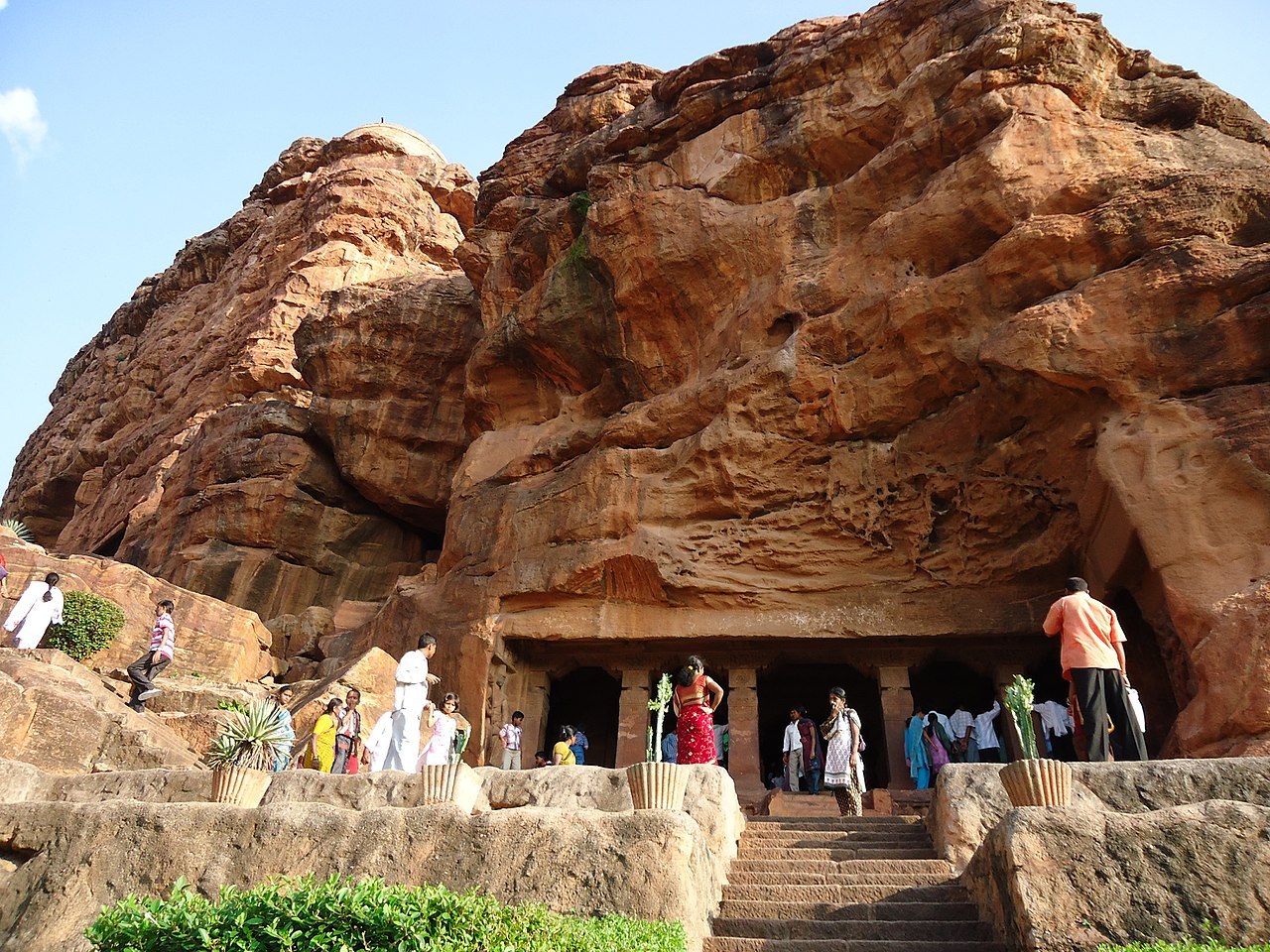 Most Attraction Temple to Visit in Karnataka-Badami Cave Temple, Bagalkot