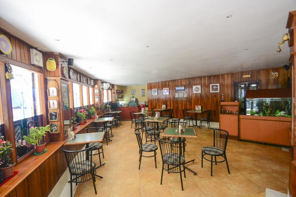 Baker's café Restaurant You Must Try In Gangtok