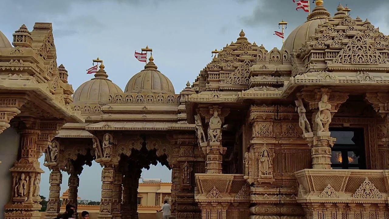Best Place Of Tourist Interest in Jamnagar-BAPS Swaminarayan Temple