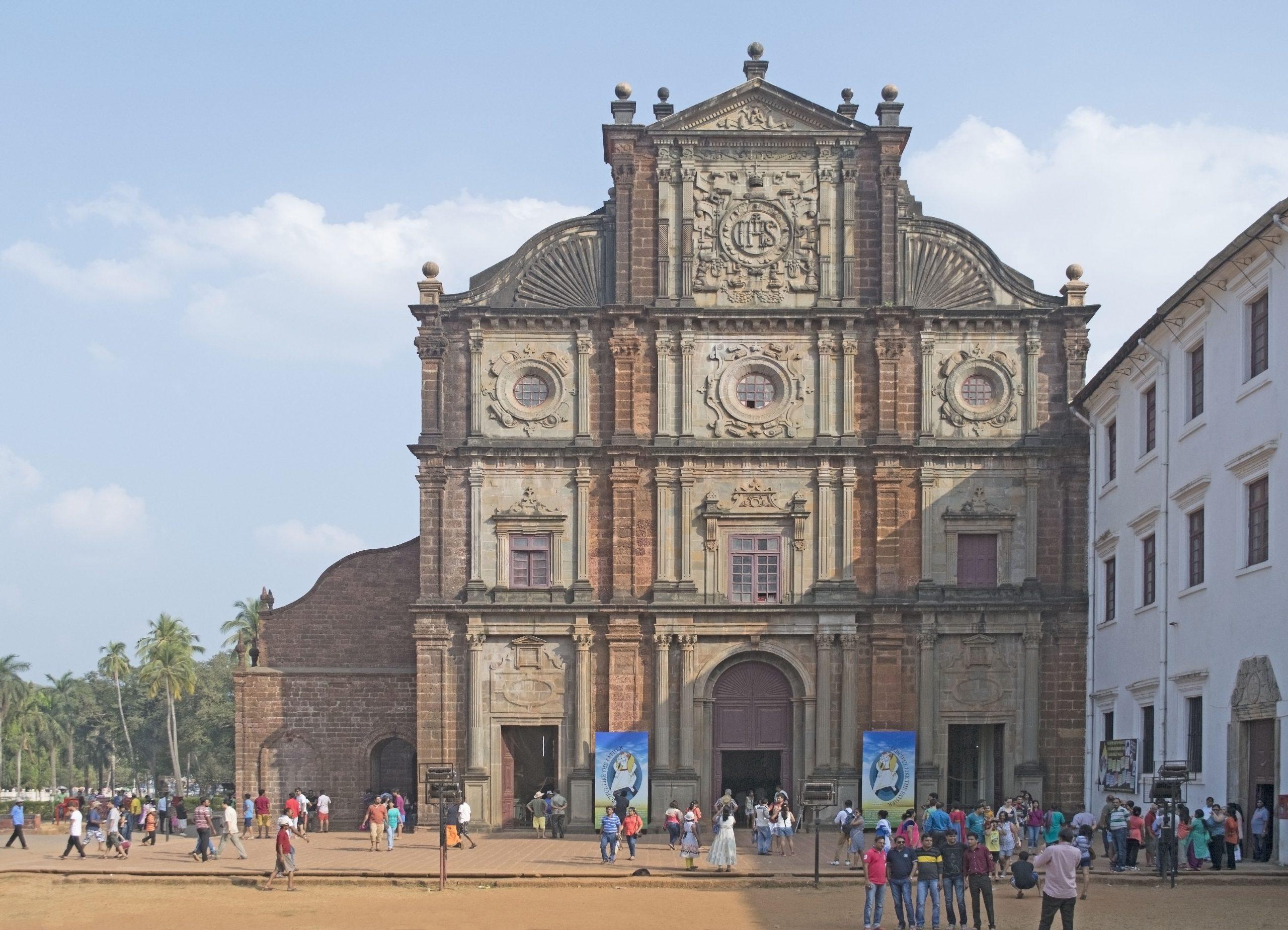Basilica of Bom Jesus - Amazing Places to Visit in North Goa