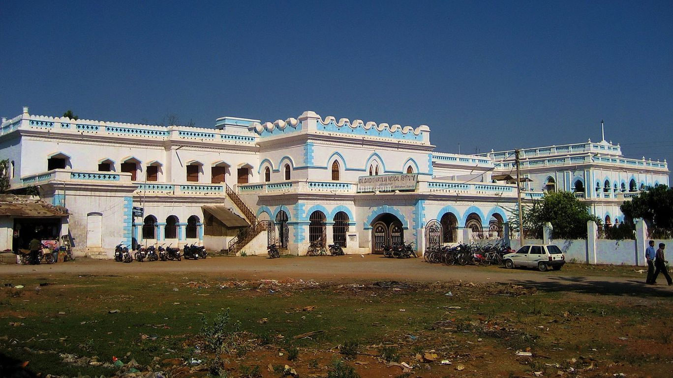 Best Historical Place To Visit In Chhattisgarh-Bastar Palace