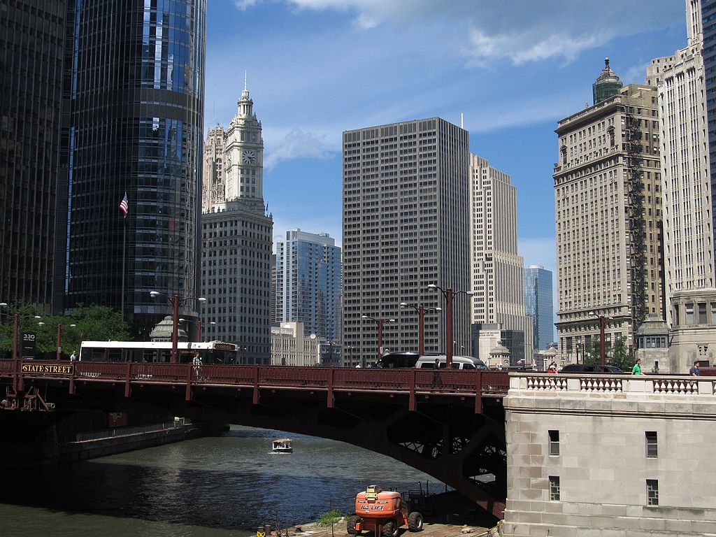 Bataan-Corregidor Memorial Bridge - Famous Bridge (Movable & Non-Movable) On The Chicago River, Illinois