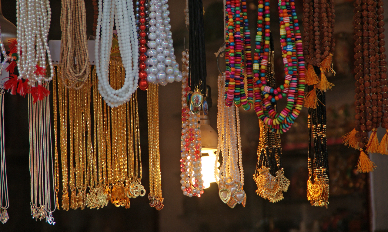 Amazing Shopping In Bijapur-Beaded Jewelry