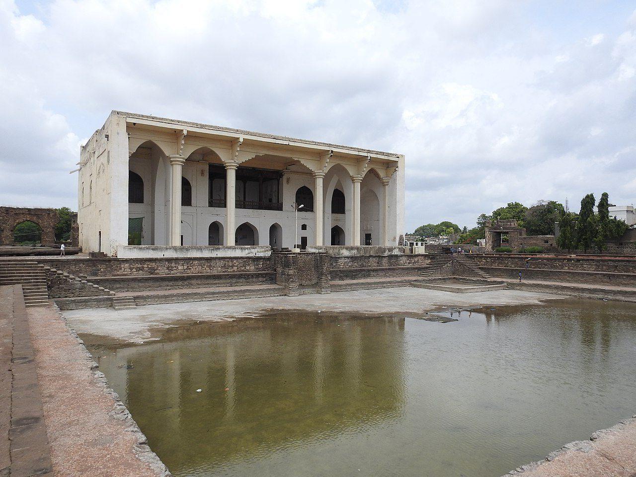 Best Time to Visit Mithari and Asar Mahals