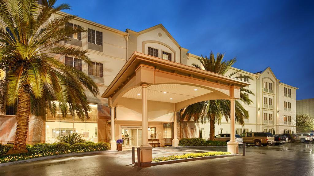 Mid-range Hotel in Houston-Best Western Plus Downtown Inn & Suites