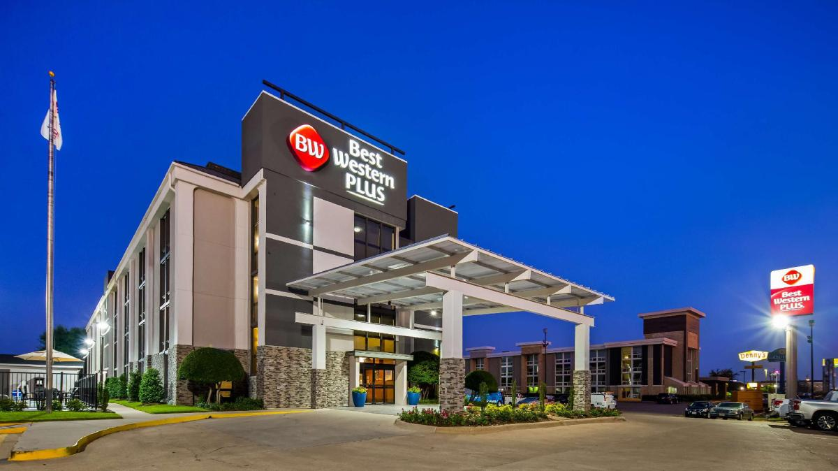 Best Western Plus Love Field North hotel: Mid-Range Hotels in Dallas