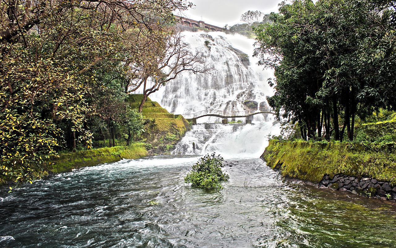 Popular Weekend Destination from Surat-Bhandardara, Umbrella Falls