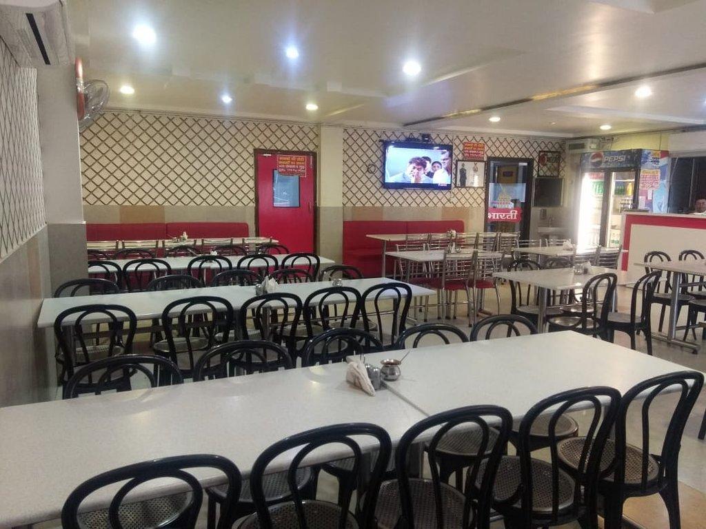 Popular Food Place in Mathura & Vrindavan - Bharti Foods and Restaurant
