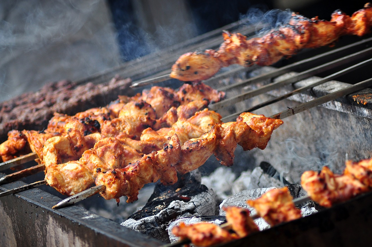 Amazing Street Food in Ahmedabad - Bhatiyar Gali