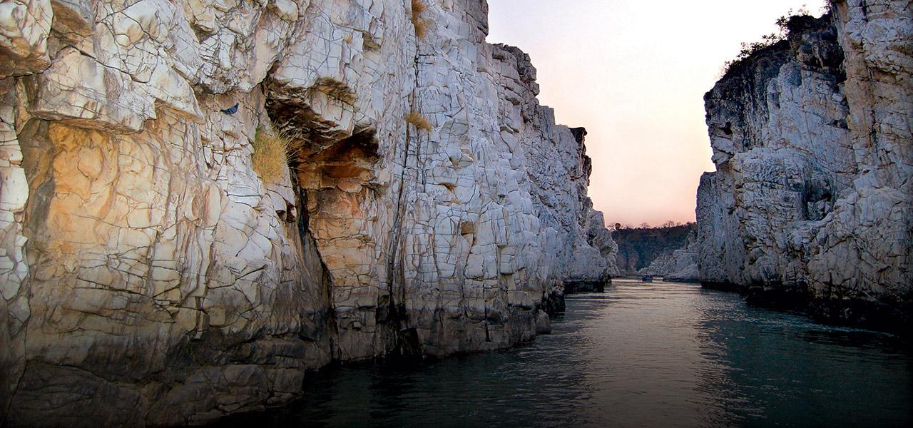 Must-Visit Weekend Trip Near Jabalpur-Bheda Ghat