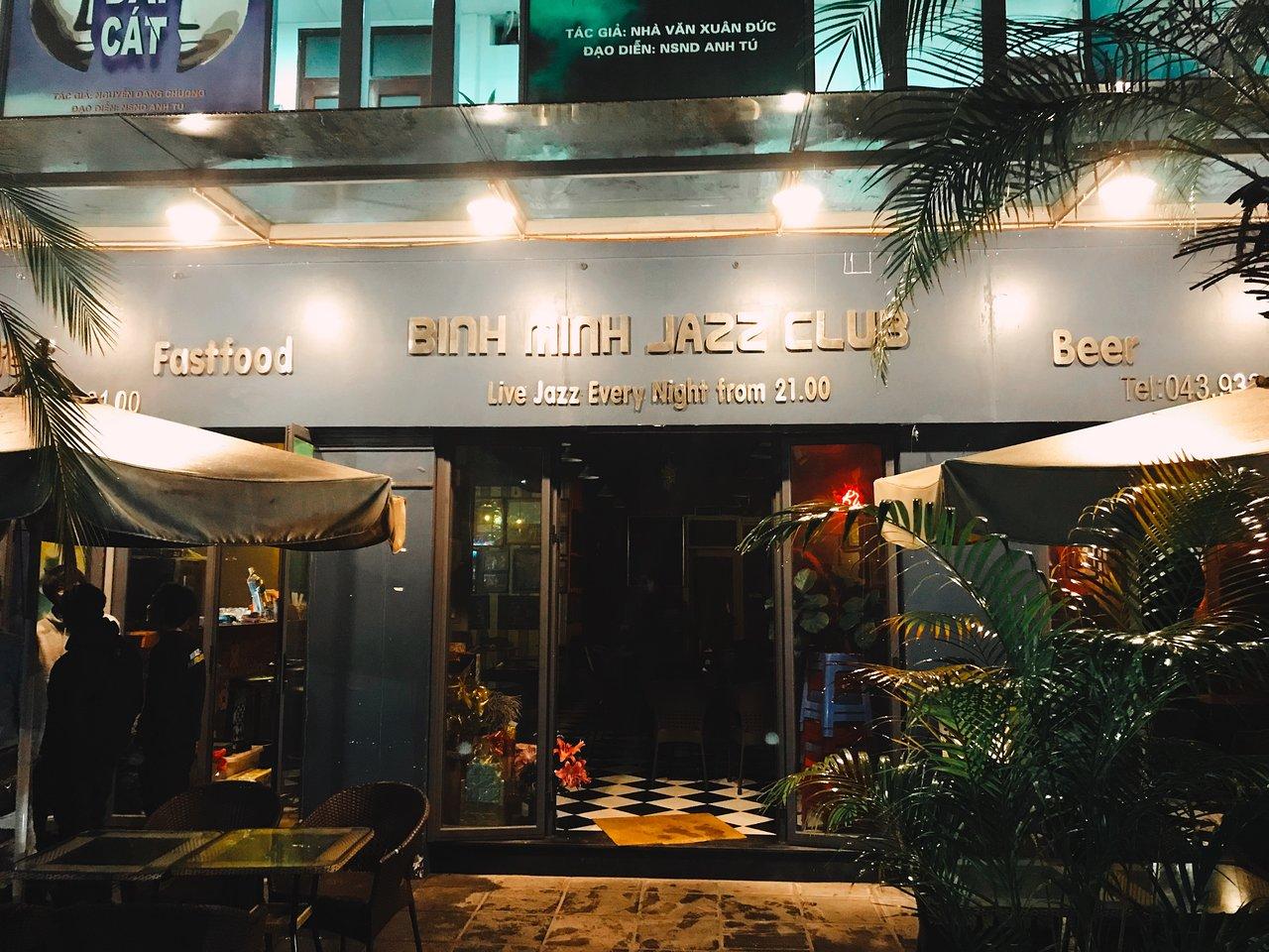 Top Nightlife Place To Have Fun in Hanoi-Binh Minh's Jazz Club